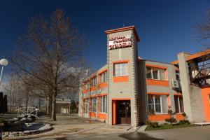 Motel Citadela 023, Motels  Zrenjanin - big - 36