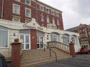 Chequers Plaza Hotel - Blackpool