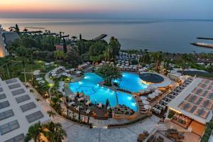 Mediterranean Beach Hotel, Лимассол