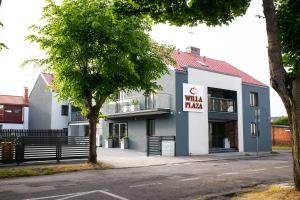Willa Plaza