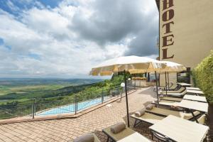 Hotel Dei Capitani, Hotely  Montalcino - big - 42