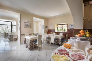 Hotel Dei Capitani, Hotely  Montalcino - big - 34