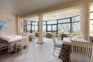 Hotel Dei Capitani, Hotely  Montalcino - big - 37