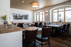 Hotel Grimsel Passhöhe, Отели  Обервальд - big - 120