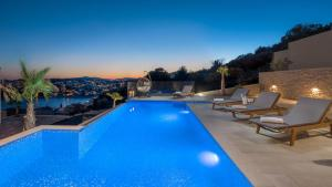Luxury Villa White Pearl with Pool