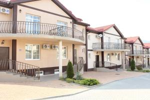 Hotel Chernomorsky Complex of Townhouse, Hotely  Kabardinka - big - 7