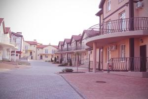 Hotel Chernomorsky Complex of Townhouse, Hotely  Kabardinka - big - 55