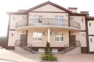 Hotel Chernomorsky Complex of Townhouse, Hotely  Kabardinka - big - 57