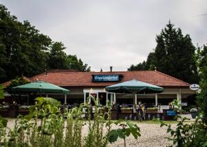 Hotel Restaurant Engelanderhof, Hotels  Beekbergen - big - 50