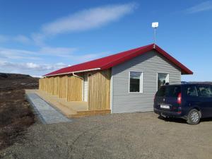 Hjartarstaðir Guesthouse - Accommodation - Eiðar
