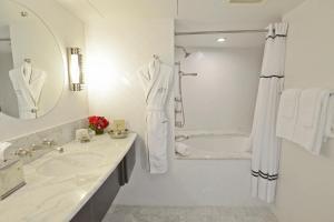 Hotel Shangri-La, Santa Monica (23 of 46)