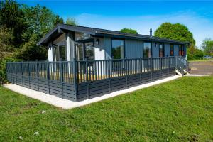 Linwater Holiday Park - Hotel - Newbridge