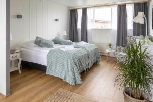 Private And Peaceful One Bedroom Apartments Borgarnes Best Price Guarantee Mobile Bookings Live Chat