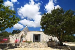 Trulli Alleria, Holiday homes  Ostuni - big - 2