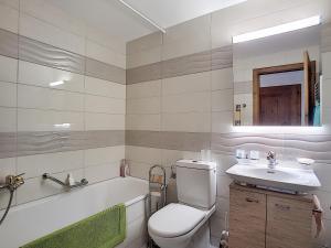 One-Bedroom Apartment Tayannes 223, Apartmány  Verbier - big - 5