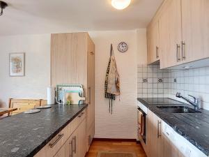One-Bedroom Apartment Tayannes 223, Apartmány  Verbier - big - 7