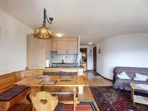 One-Bedroom Apartment Tayannes 223, Apartmány  Verbier - big - 10