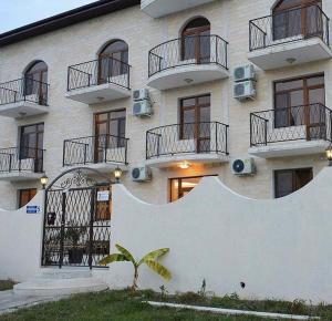 Hotel Кometa 1 - Veselaja Zhizn