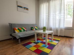 Sofia Apartment Be Local - German