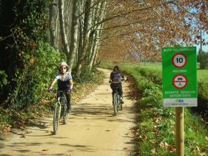 Turismo Rural Can Pol de Dalt - Bed and Bike, Case di campagna  Bescanó - big - 30