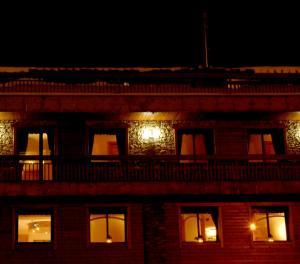 Petit Hotel - Pas de la Casa / Grau Roig