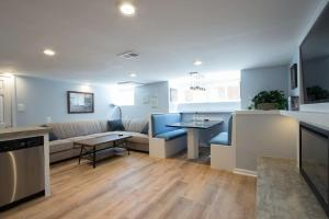 obrázek - Luxury 2 bedroom apartment w/ free parking