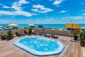 Hotel Victoria, Hotels  Bibione - big - 1