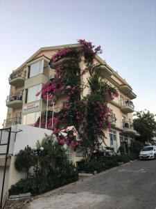 Yalcinkayalar Aparthotel