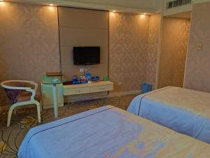 Guilin Hongkong Hotel, Hotel  Guilin - big - 3