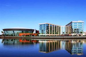 University Plaza Waterfront Ho..