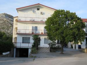 Apartmani MM, 23244 Starigrad-Paklenica