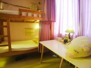 Yangshuo Show Biz Youth Hostel, Хостелы  Яншо - big - 25