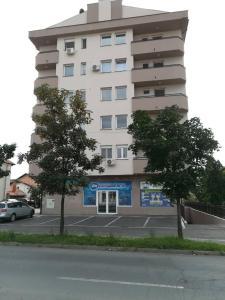 Apartman Čarolija, Apartments  Bijeljina - big - 20