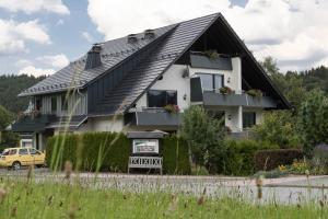 Landhaus Meran Ferienwohnungen - Apartment - Willingen-Upland