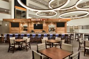 Embassy Suites by Hilton Milwaukee Brookfield, Hotely  Brookfield - big - 42
