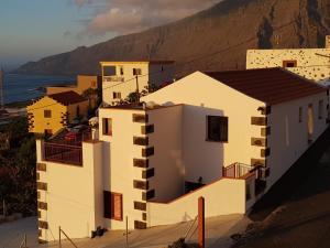 APARTAMENTOS NISDAFE, Frontera - El Hierro