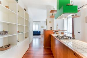 Huge Terrace Apartment - AbcAlberghi.com