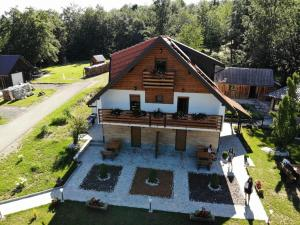 Guesthouse Green Valley, Affittacamere  Jezerce - big - 88