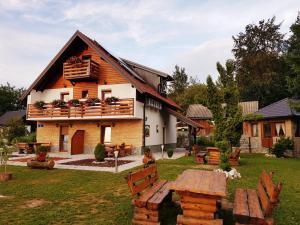 Guesthouse Green Valley, Vendégházak  Jezerce - big - 54