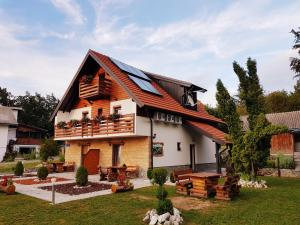 Guesthouse Green Valley, Penziony  Jezerce - big - 66