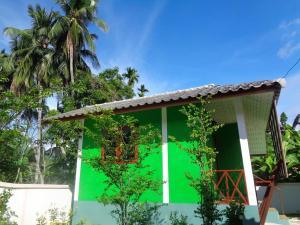 Sarm Mork Guest House - Ban Mae Sakuet