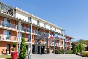 Location gîte, chambres d'hotes Best Western Park Hotel Geneve-Thoiry dans le département Ain 1