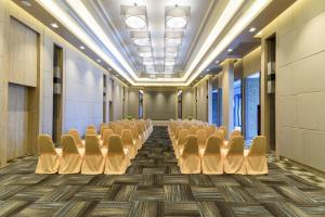 Green Ville Laguna Hotel, Hotely  Sung Noen - big - 51