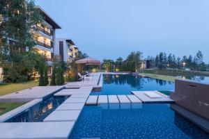 Green Ville Laguna Hotel, Hotely  Sung Noen - big - 54