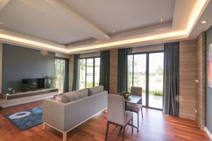 Green Ville Laguna Hotel, Hotely  Sung Noen - big - 59