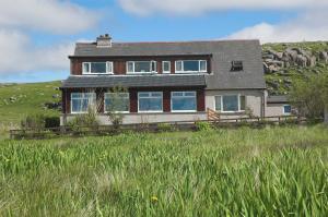 Loch Roag Guest House - Arnol