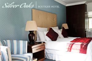 Luxury Room with Spa Bath Silver Oaks Boutique Hotel