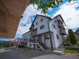 Hostels und Jugendherbergen - Pensiunea Pasul Tihuța