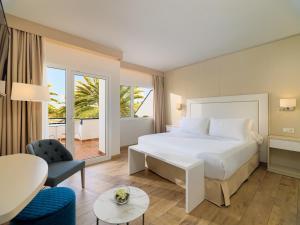 H10 Ocean Dunas - Adults Only, Hotel  Corralejo - big - 45