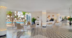 H10 Ocean Dunas - Adults Only, Hotel  Corralejo - big - 43